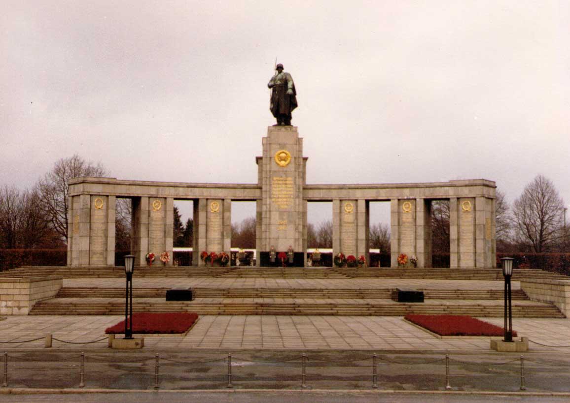 Soviet Army Memorial, Berlin, 1989