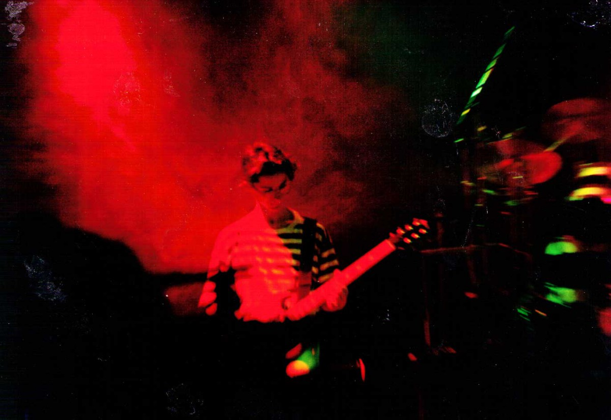 Charlie Furniss at RocSoc with The Paracetamols in 1990
