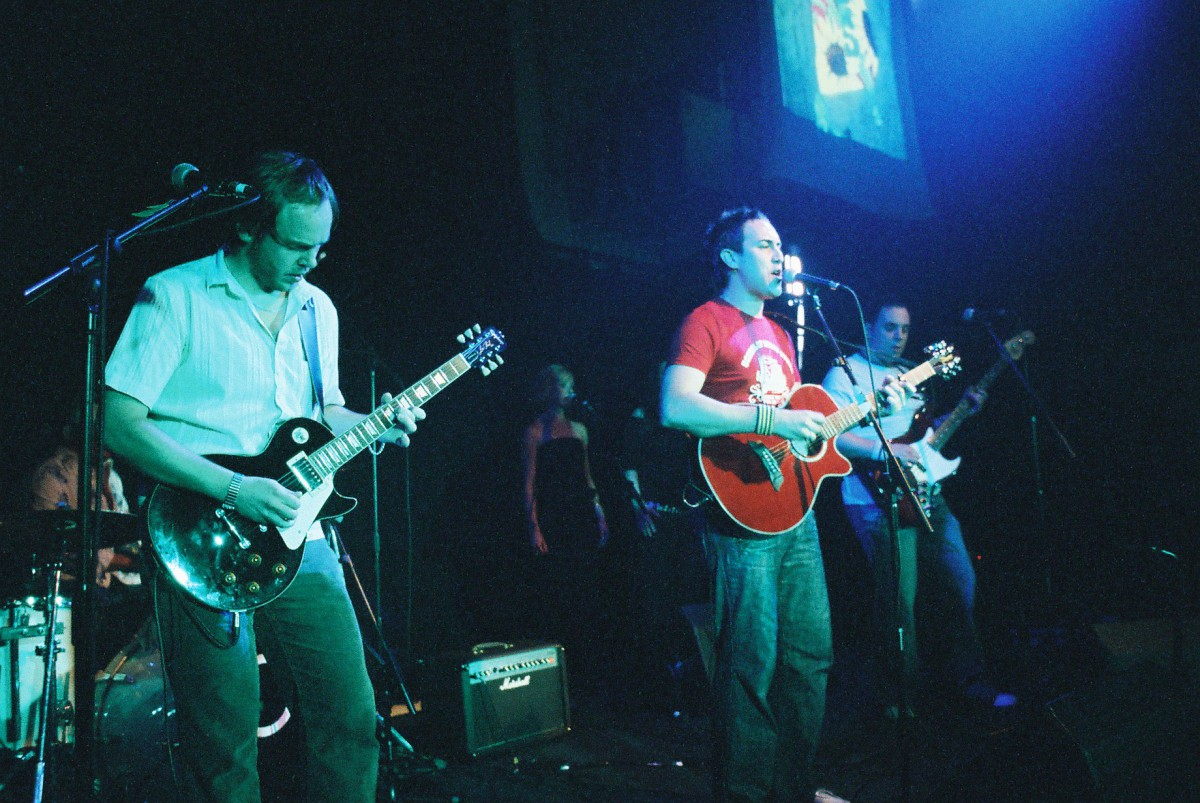The Dees - Showcase - Union Chapel 2004, Islington