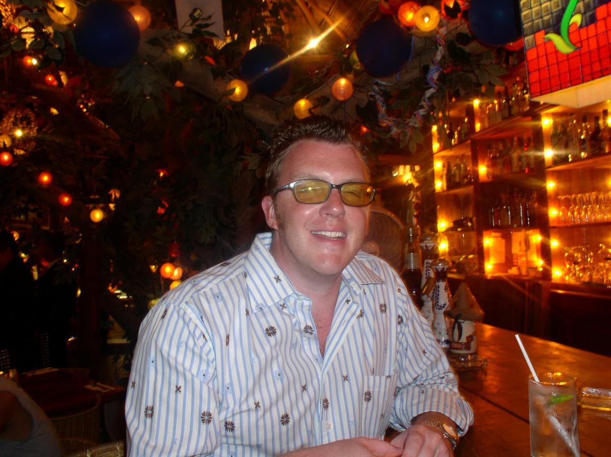 Matt propping up the bar in Playa Del Carmen