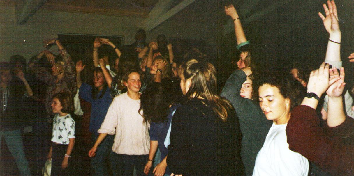 Felixstowe girls dancing