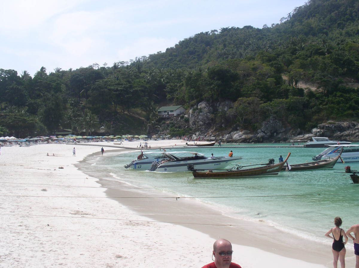 Ko Phi Phi - the day before the Tsunami