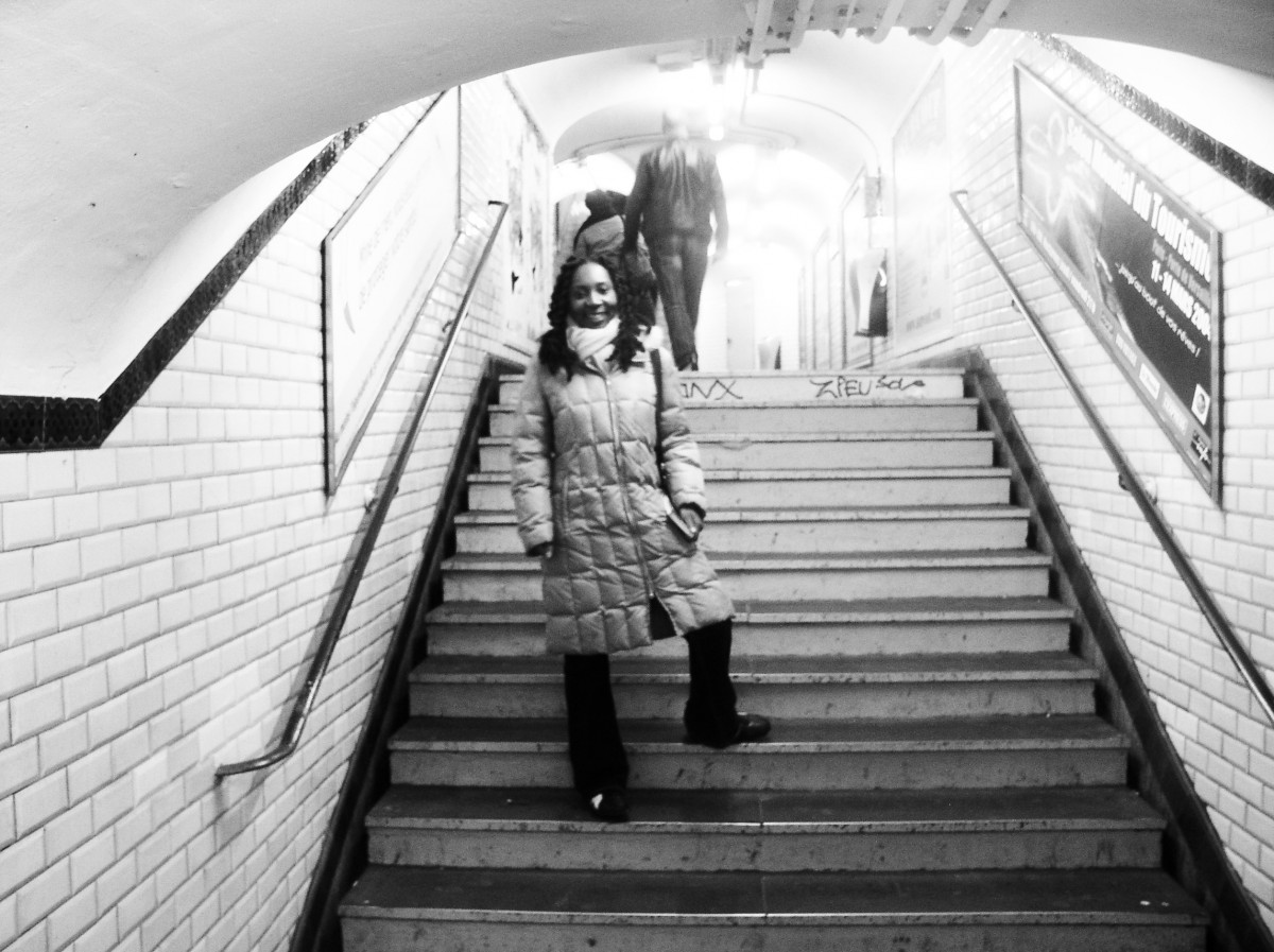 Wendy Shearer in the Metro in Paris