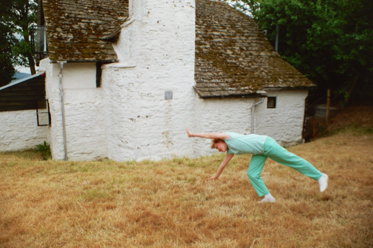 Amy Shearer doing a cartwheel at Amberslone