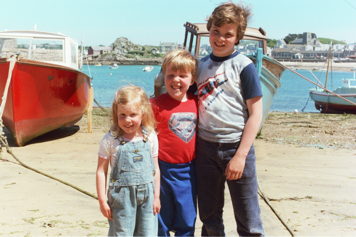 Amy Shearer, Matt Shearer and Russel Shearer on the Beach in 1979