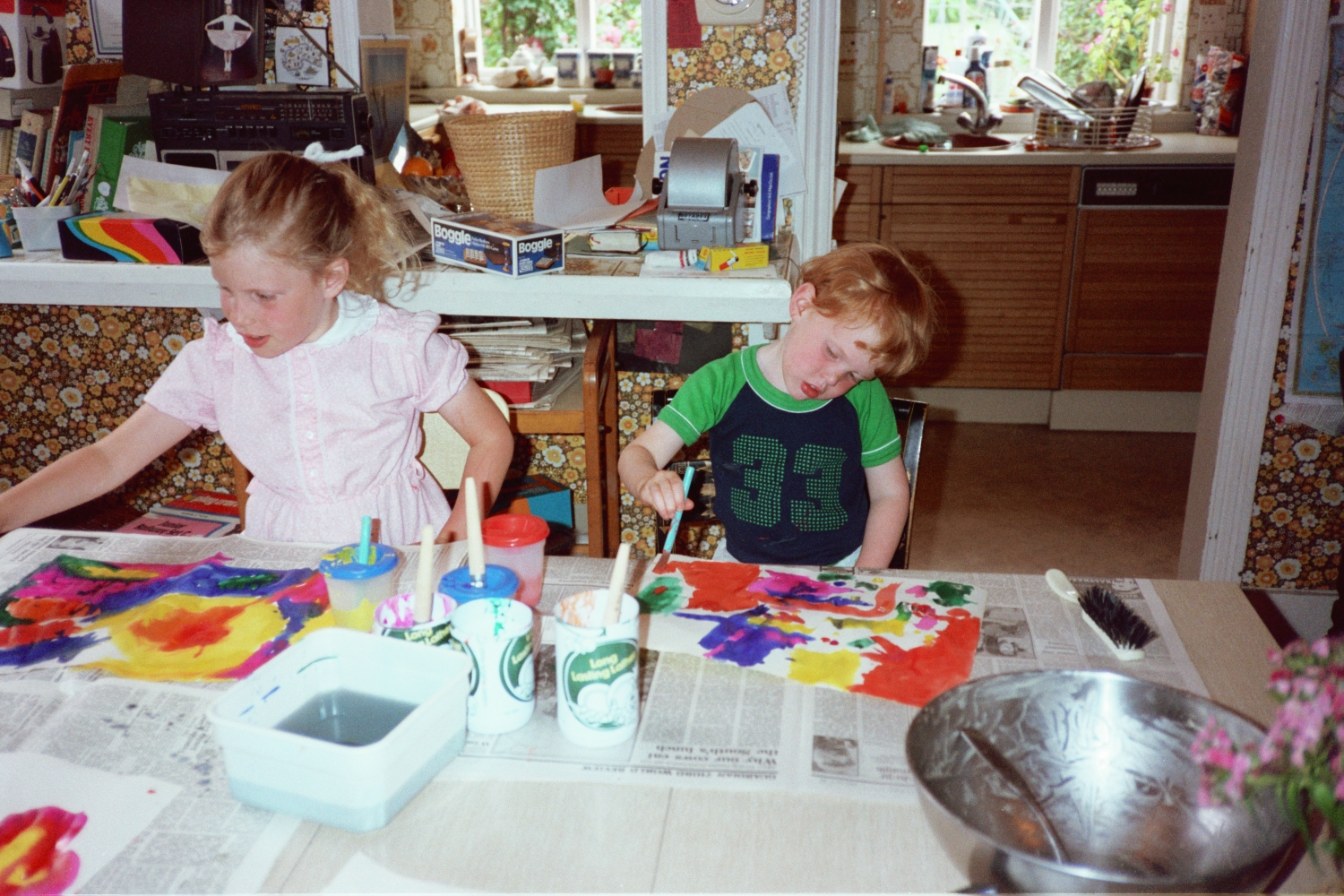Amy Shearer and Ed Shearer painting in 1982