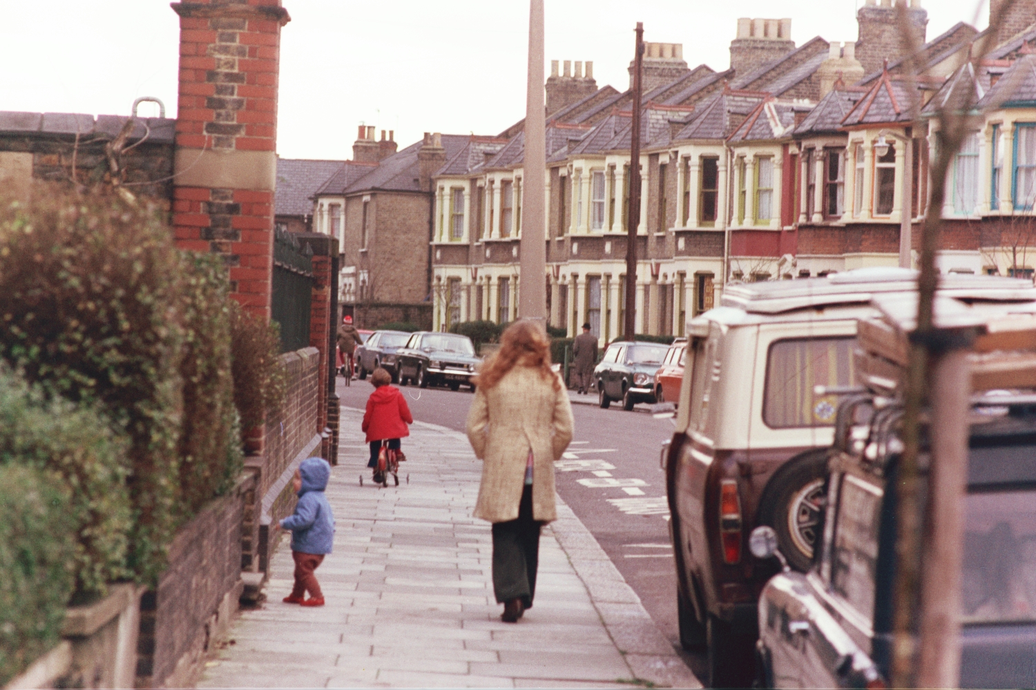 Lori Shearer, Matt Shearer, Russel Shearer, in Leyton, London, in 1970s