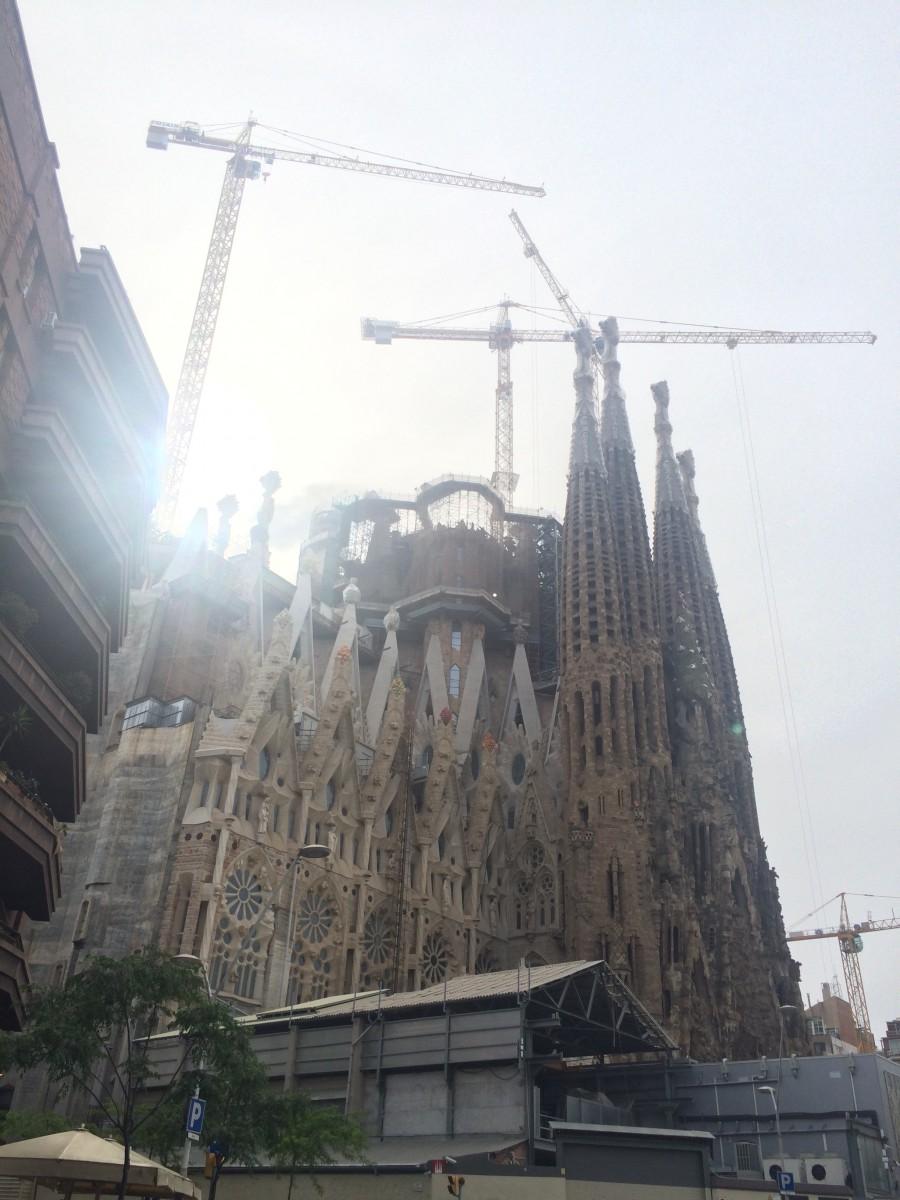 Segrada Familia - by Gaudi - Barcelona