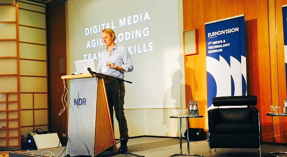 Mirko Lorenz talks about developers and journalists working together on Data Driven Journalism