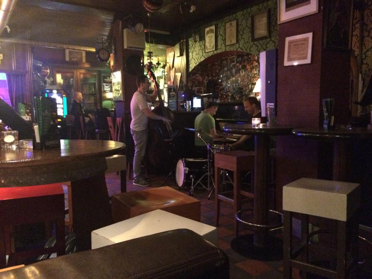 Late night Jazz in one of Hamburg's friendly bars