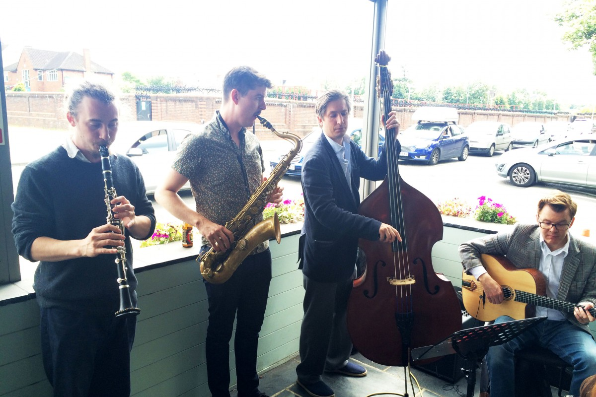 Esquire Swing - gig at Belgique for Fathers Day 2015